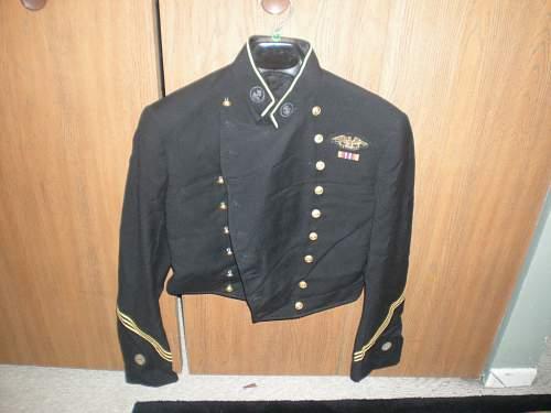 WWII era US Navy Reserve USNR dress dinner tunic?   Rare?  Bullion insignia