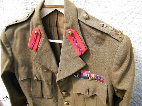 Cloth waist belt on a ww2 Brit SD tunic?
