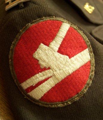 U.S., W.W.II Captains Uniform Help Needed