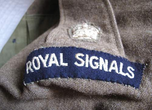 1937 Pattern BD blouse  badged to a major of the Royal Signals