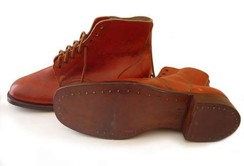 Click image for larger version.  Name:australian-ww2-boots---1941(1).jpg Views:36 Size:24.5 KB ID:872803