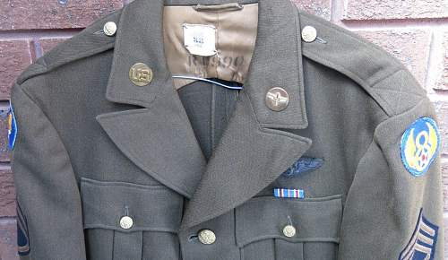 Click image for larger version.  Name:USAAF WW2 tunics 021.jpg Views:136 Size:211.7 KB ID:874138