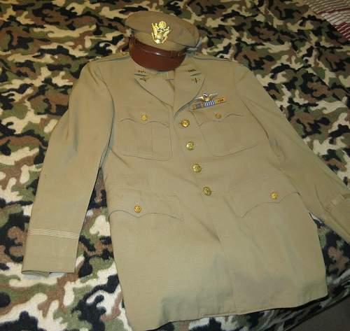 Click image for larger version.  Name:USAAF tunics 001.jpg Views:23 Size:136.9 KB ID:874148