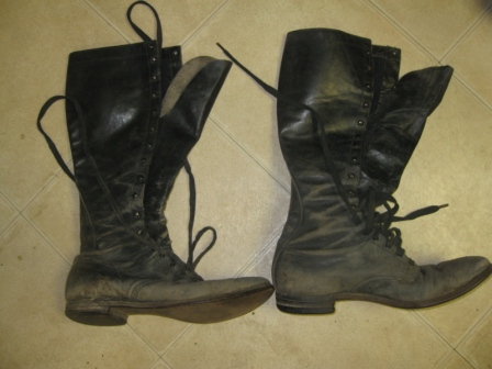 WW2 Boots.....Navy?