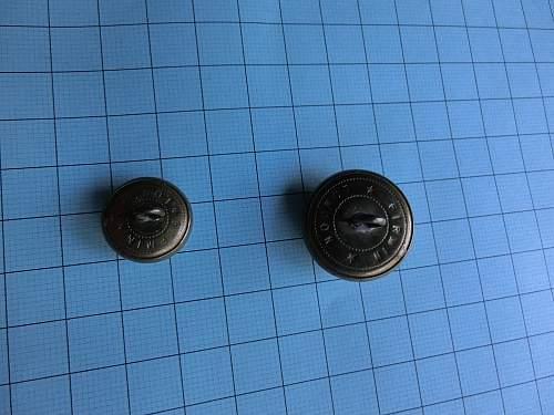 Question British B.E.F. 1939/40 regiment buttons on Uniforms