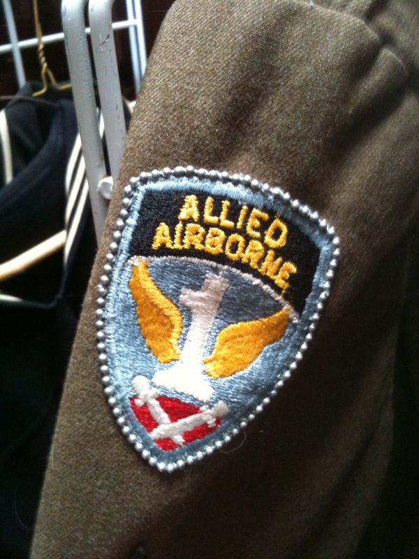 Can not Nd airborne class a uniform necessary