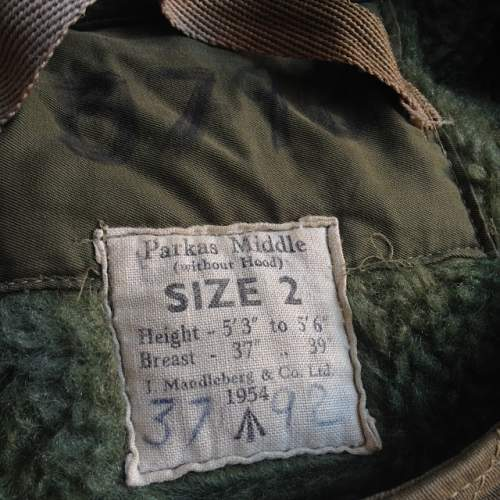 Information required - Parkas Middle (without Hood) Size 2 1954 /|"|500|500|?|en|2|09b9f60933d0b5744ab8e1ea0b27e00a|False|UNLIKELY|0.323053777217865