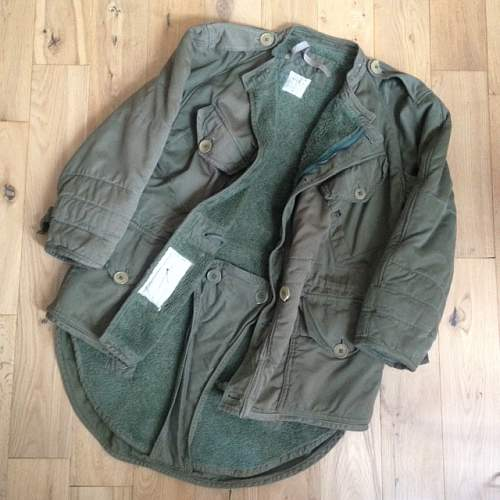 Information required - Parkas Middle (without Hood) Size 2 1954 /|"|500|500|?|d5508b6d7a9349dead1fdf73579eee49|False|UNLIKELY|0.31450897455215454