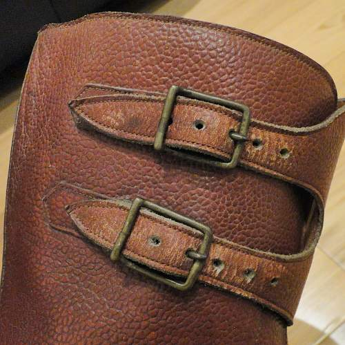 Information required - WW2 British Army field / combat boots - Double buckle. Studs. Broad Arrow.