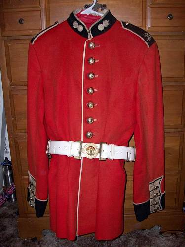 Royal Grenadiers Tunic  help