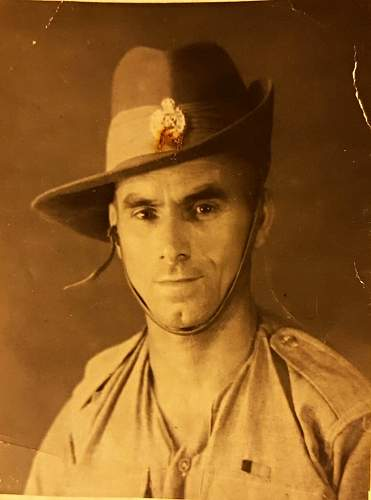 Click image for larger version.  Name:Possibly Arthur Shoebridge in Royal Engineers WW2.jpg Views:17 Size:47.1 KB ID:942141