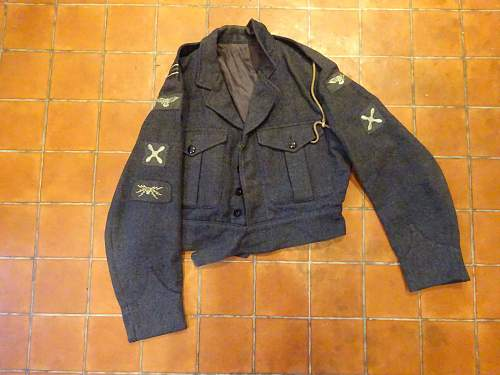 Click image for larger version.  Name:RAF Tunic.jpg Views:83 Size:159.4 KB ID:954189