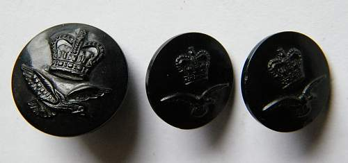 Click image for larger version.  Name:post 53 RAF plastic buttons.jpg Views:54 Size:293.9 KB ID:954263