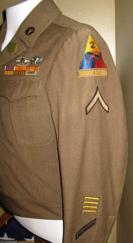 Click image for larger version.  Name:HOW-ike-jacket4.jpg Views:1071 Size:174.4 KB ID:96967