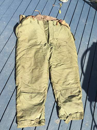 WWII bomber few pants ?
