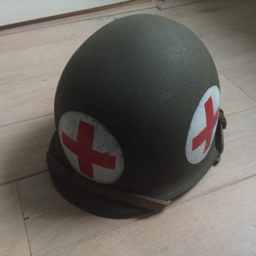 Mint unisued m1 medic helmet