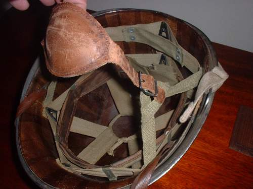 Click image for larger version.  Name:AA 1 M1 135 ENGINEERS HELMET 005.jpg Views:1884 Size:162.7 KB ID:119379