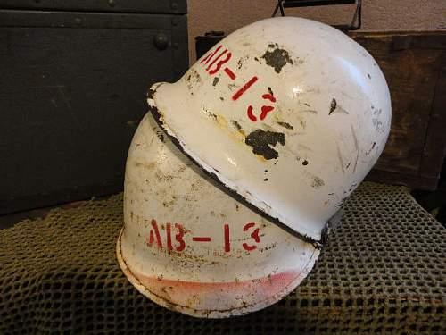 Help with M-1 Helmet Markings?