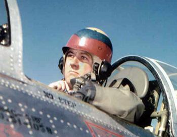 Name:  pilot.jpg Views: 207 Size:  37.4 KB