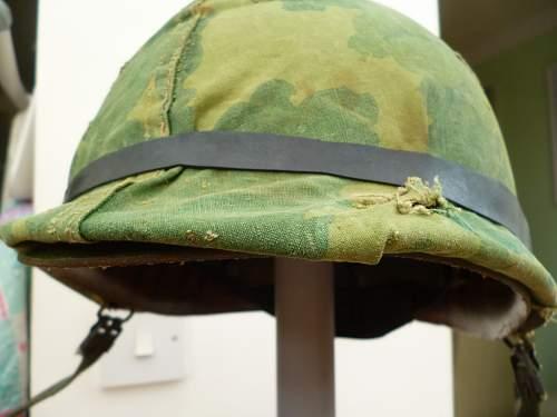 Un-issued vietnam shell+ liner!!!!!!