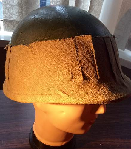 Modified M1 helmet liner strange