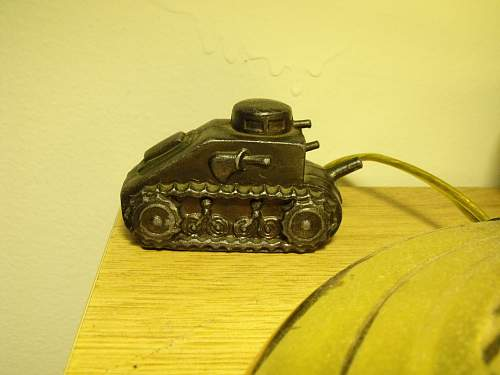Need help to identify the Tank model