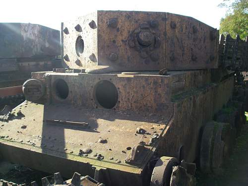Click image for larger version.  Name:tanks 007.jpg Views:3549 Size:243.8 KB ID:239493