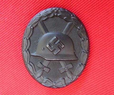 1939 Verwundetenabzeichen Schwarze Maker Marked '65', Real?