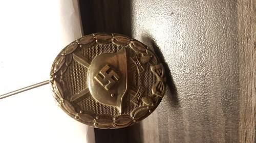 Verwundetenabzeichen silver