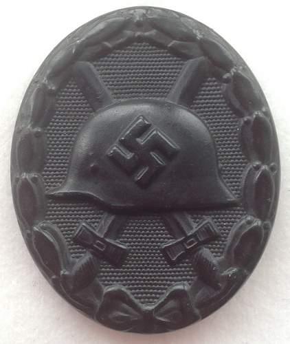Black Verwundetenabzeichen, maker marked L/16