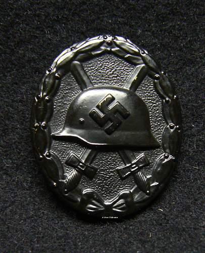 Verwundetenabzeichen 1939 in Schwarz, Chaotic Dot Pattern.