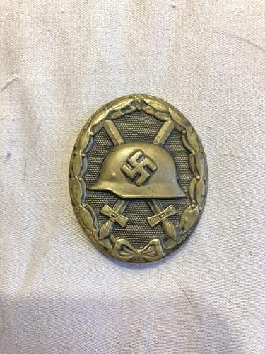Verwundetenabzeichen in Schwarz unmarked authenticity?