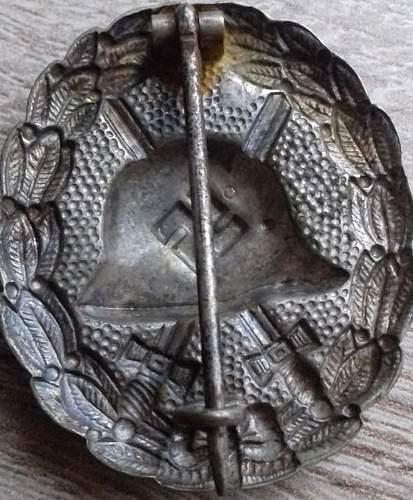 1936 Pattern Verwundetenabzeichen in Silver. Original?