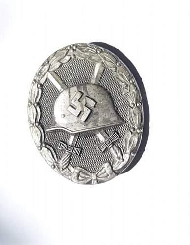 Verwundetenabzeichen in Silber - Real or Fake? - Help Needed!