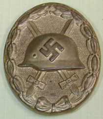 hollow backed Verwundetenabzeichen im gold