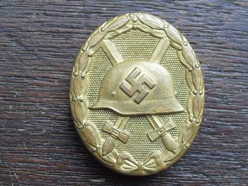 named Verwundetenabzeichen im gold