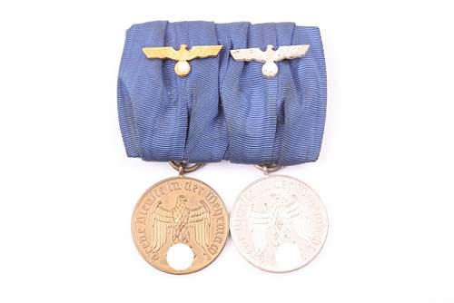 New badges, Verwundetenabzeichen, Ostmedaille