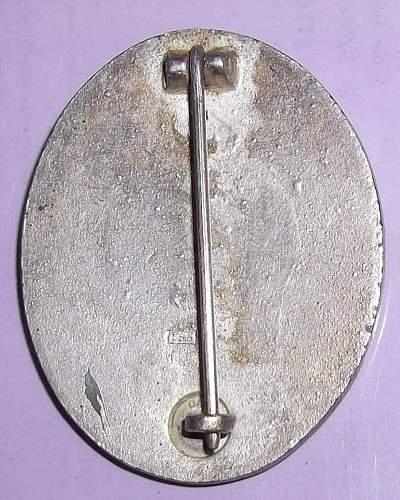 L/55 Verwundeten badge (Silber) -authentic?