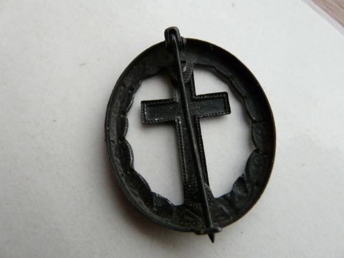 Chaplains wound badge ...