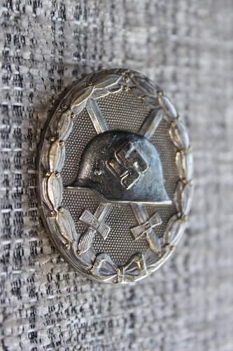 Verwundetenabzeichen Silver or Gold?