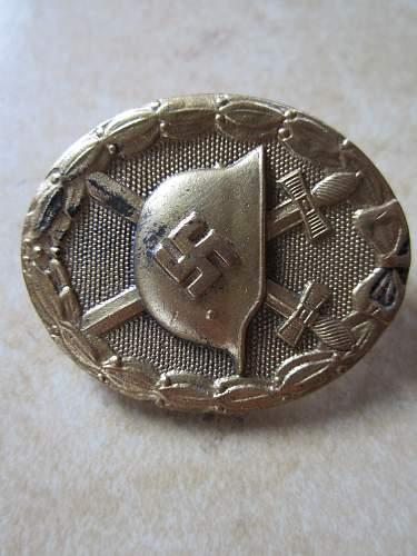 Real or fake Verwundetenabzeichen in Gold?