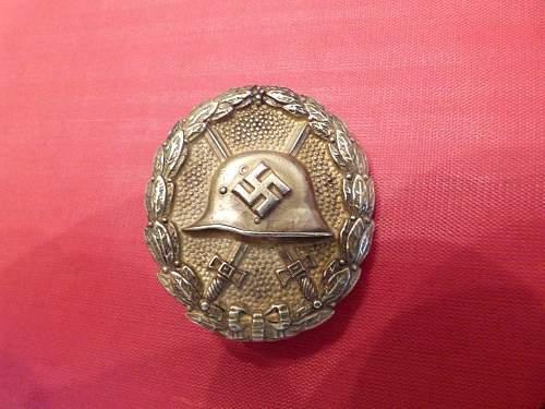 Verwundetenabzeichen Condor Legion in Gold.