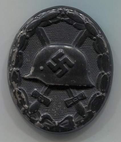 Verwundetenabzeichen 1939 in Schwarz marked 93