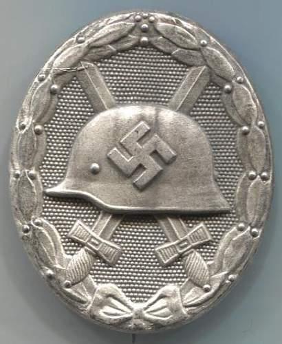 Verwundetenabzeichen in Silber - 127.