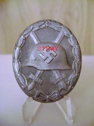 Verwundetenabzeichen 1939 in Silber: 4 marked pin