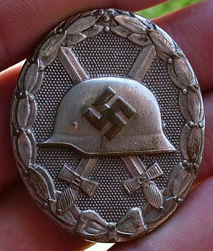 Verwundetenabzeichen in Silber.