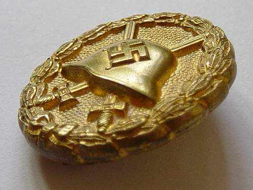 Click image for larger version.  Name:Spanish pattern wound badge in gold. 005.jpg Views:366 Size:142.0 KB ID:4008