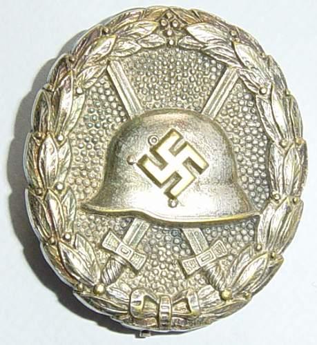"""1936 Pattern """"Spanish"""" or """"Legion Condor"""" Verwundetenabzeichen"""