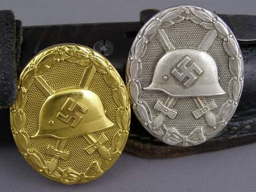 Some Verwundetenabzeichen.