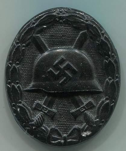 Verwundetenabzeichen im schwarz Deschler/Wiedmann